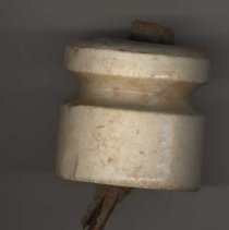 Image of 2004.17.01 - Insulator