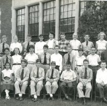 Image of 2008.126.10 - Chevy Chase Elementary, 6th Grade, about 1955