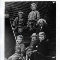 Image of 2008.282.06 - Children on back roof of 3 W. Lenox Street
