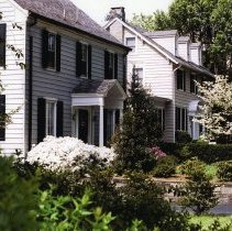 Image of 400.76.02 - Town of Chevy Chase Streetscapes, May 2002