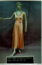 Image of 1983.001.0560 ab - Nightgown