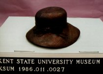 Image of 1986.011.0027 - Hat