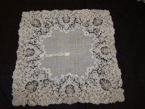 Image of 1983.001.2455 - Handkerchief