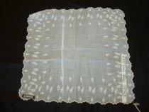 Image of 1998.045.0117 - Handkerchief