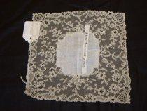 Image of 2000.002.0075 - Handkerchief