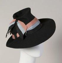 Image of 1984.001.0240 - Hat
