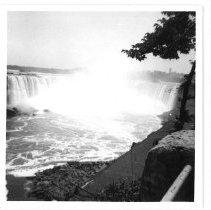 Image of Photo of Niagara Falls from viewing platform