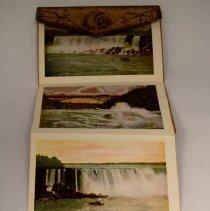 Image of postcard, fold out, 6 scenes of Niagara Falls L995.d.037.002 Image 3