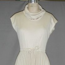 Image of 1996.008 - Gown, Evening