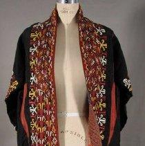 Image of E2000.025 - Coat, Women's