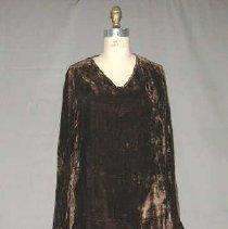 Image of 2000.106AB - Dress, Day