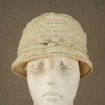 Image of H2002.036 - Hat