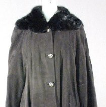 Image of 2002.151 - Coat