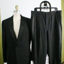 Image of 2005.031AB - Tuxedo