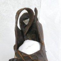 Image of 2008.15.004 - Shoe