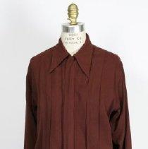 Image of 2008.24.003 - Shirt