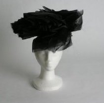 Image of H2002.348 - Hat