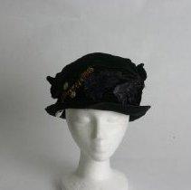 Image of H2002.351 - Hat