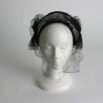 Image of H2002.445 - Hat