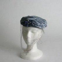 Image of H2004.063 - Hat
