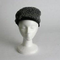Image of H2004.083 - Hat