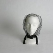 Image of H2005.002 - Hat
