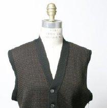 Image of M2005.098 - Vest