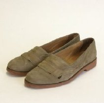 Image of S2004.016 - Shoe