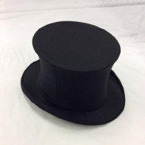 Image of 2015.06.002 - Hat