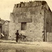 Image of 10 Avenida Menendez - King's Smithy - Photograph, Mounted