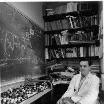 Image of NIH Stetten Museum Exhibit Photographs - Marshall W. Nirenberg