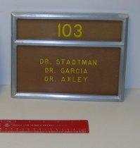 Image of 04.0009.002 - Dr. Thressa Stadtman Door Plate