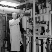 Image of National Institute for Arthritis, Metabolism, and Digestive Diseases - Dave  Rogerson in the pilot plant.