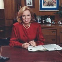 Image of Dr. Bernadine Healy