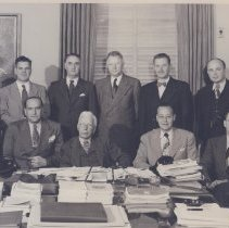 Image of Rolla E. Dyer and NIH senior staff