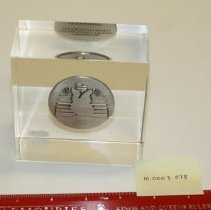 Image of 10.0003.078 - Paperweight
