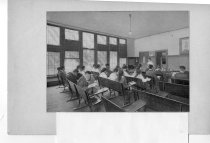 Image of 2006.1.1.2 - interior view of high school classroom 1918