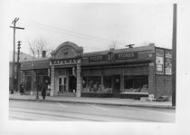 Image of 2006.185.10 - Safeway and A&P markets circa 1945