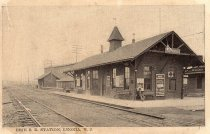 Image of 2006.188.37 - Train Station,1880 (black & white view)
