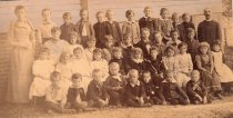 Image of 2006.189.2 - Children in front of first Leonia Elementary School, circa 1894