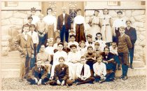 Image of 2006.189.3 - Students in front of second Leonia Elementary School, 1907