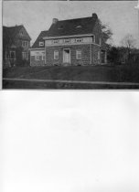 Image of 2006.21.3.35 - Second Moore House, Fort Lee Road 1912