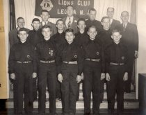 Image of 2006.4.2.10.1 - Explorer scouts with advisors, 1948.