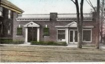 Image of 2014.1.5 - First National Bank & real estate office building Broad Avenue