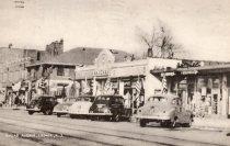 Image of 2014.1.8 - Broad Avenue looking east, 1940s