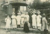Image of Dupont Bakery, 1900