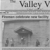 Image of Firemen celebrate new facility