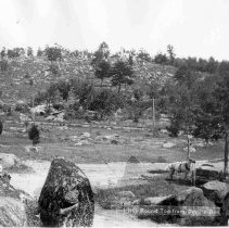 Image of 6626.255 - Little Round Top from Devil's Den.