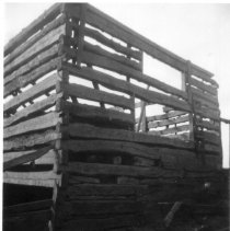 Image of 8064.011 - Clarence Keller's barn