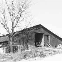 Image of #88 Augusta, barn on Dennis Reed farm; March 1976 - City and County Sites
